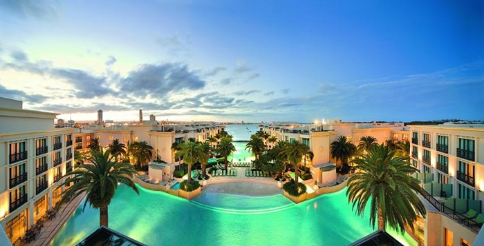 10 Best Celebrity Owned Hotels - Donatella Versace - Palazzo Versace, Queensland, Australia