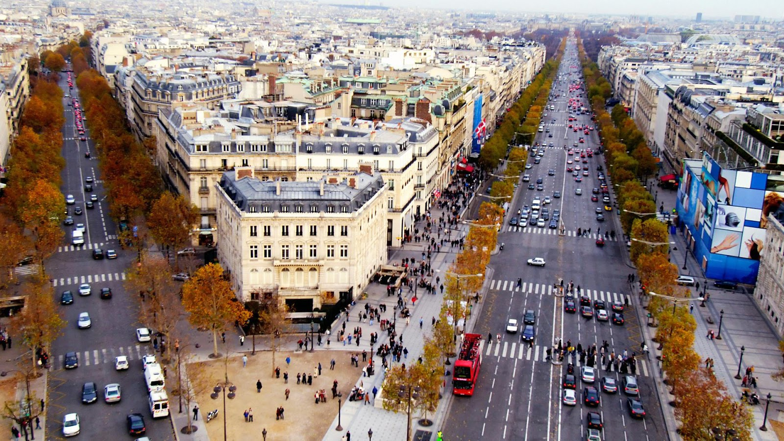 10 Best Cities To Meet Celebrities - Paris, France