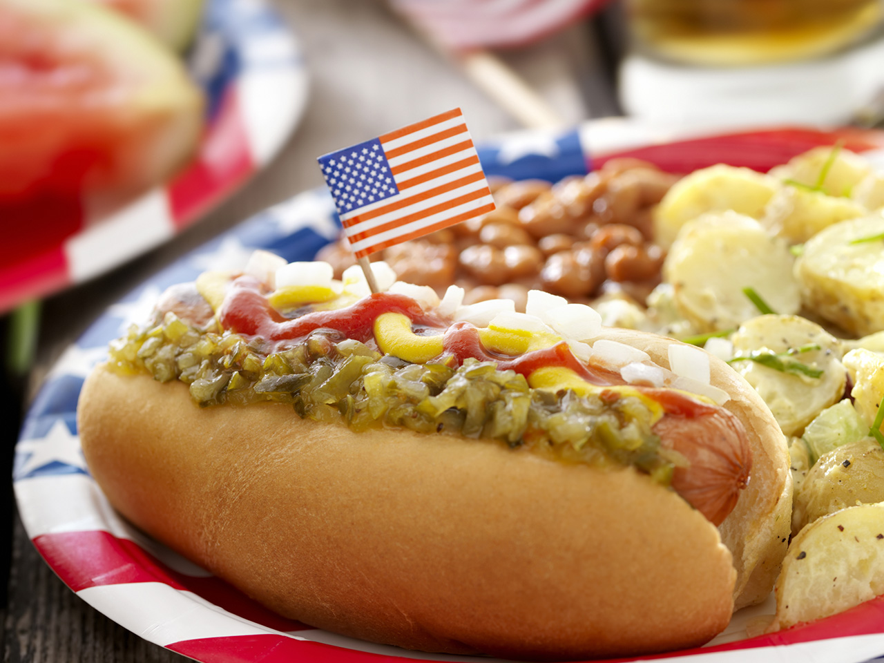 10 Of The Best Street Foods Across The World - 6. NYC - Hot Dogs
