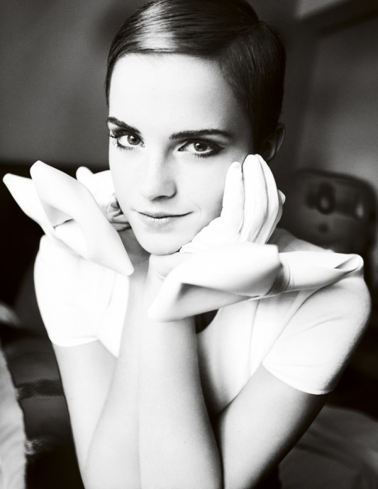 Best Fashion Photographers In The Industry - Mario Testino - Emma Watson