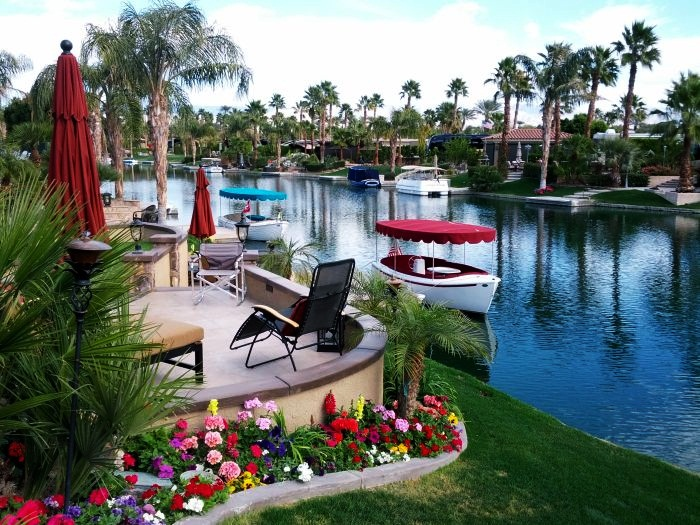 Best luxury trailer parks in the world for Exotic motor cars palm springs ca