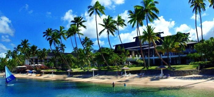 Best Swim-Up Bars Found In Hotels 9. Warwick Fiji Resort & Spa, Fiji