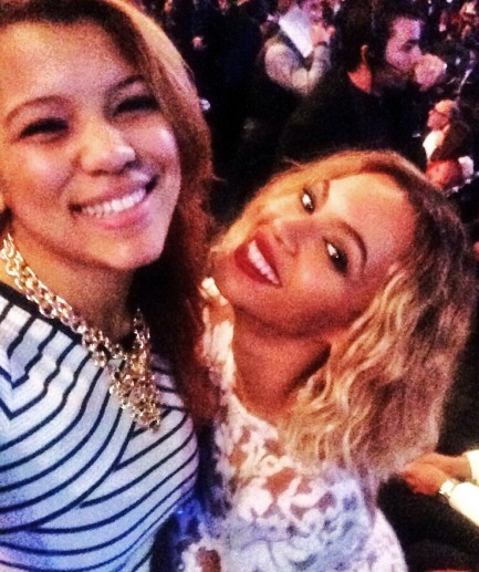 Celebrities Most Obsessed With Selfies  Top 10 8. Beyonce