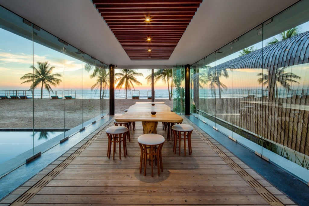 Luxurious Beach Front Residence in Thailand
