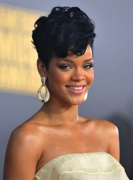 Most Expensive Celebrity Addictions  Top 10 9. Rihanna - Hair
