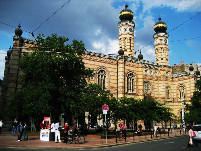 Must see budapest tourist attractions for Must see attractions in philadelphia