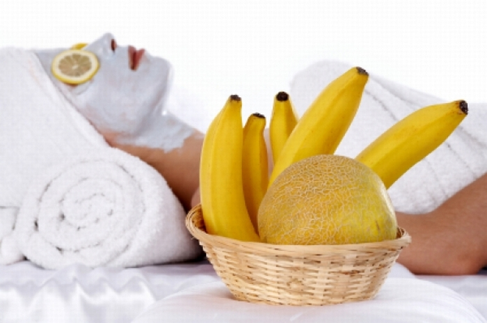 10 Fruits And The Skin Concerns They Help With - Skin's Elasticity: Bananas