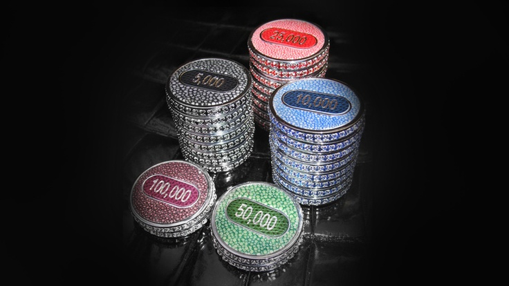 Top 10 World's Most Expensive Things Made Of Gold - 5. Geoffrey Parker Poker Set - $7.5 Million