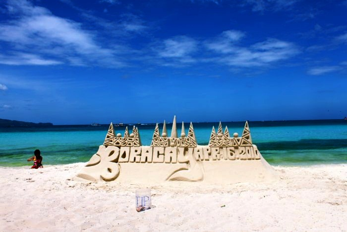 Exotic Party Destinations for the Rich  Top 10 9. Boracay, Philippines