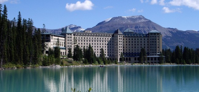 Luxury Lakeside Hotels | Top 10