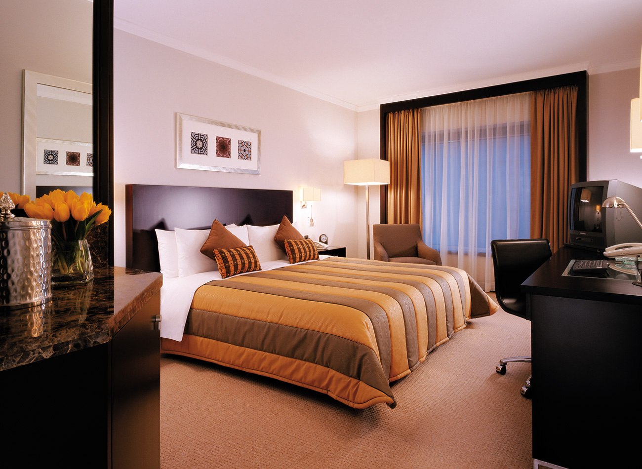 Best hotels in dubai top 10 for Top 10 most luxurious hotels in dubai