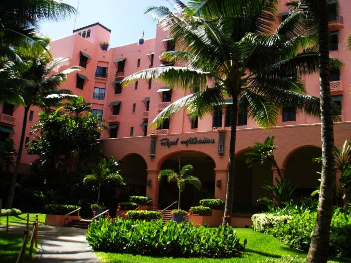 Best Luxury Hotels in Hawaii  Top 10 10. The Royal Hawaiian Hotel, Honolulu