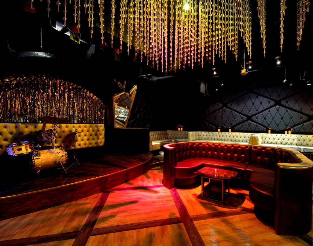Best Nightclubs In Los Angeles Top 10 - Bootsy Bellows