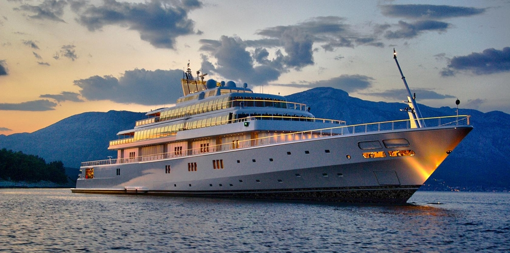 Largest Yachts In The World - 10. Rising Sun