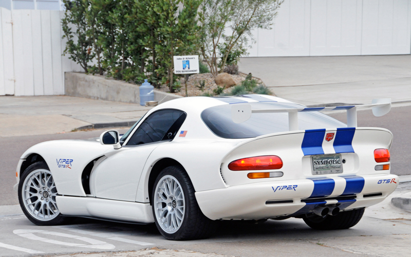 Most Expensive Dodge Cars in the World  TOP 10 N10. Dodge Viper GTS-R GT2 Championship Edition   1998 ($150 000)