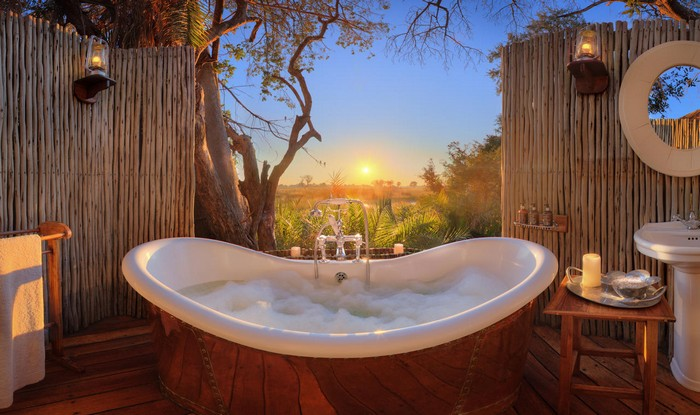 10.Private Suite at Eagle Island Camp - $2,010 | Most Expensive Honeymoon Destinations