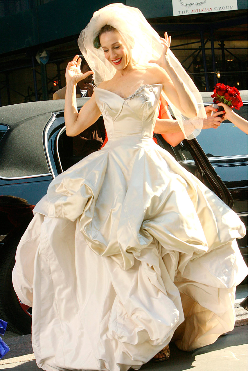 Carry Bradshaw Wedding Dress.Most Expensive Items Carrie Bradshaw Wore Top 10 Alux Com