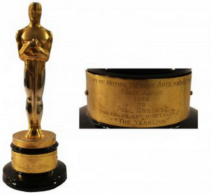 "10.1946 Oscar for Best Color Cinematography in ""The Yearling"" – Price:$128,066 
