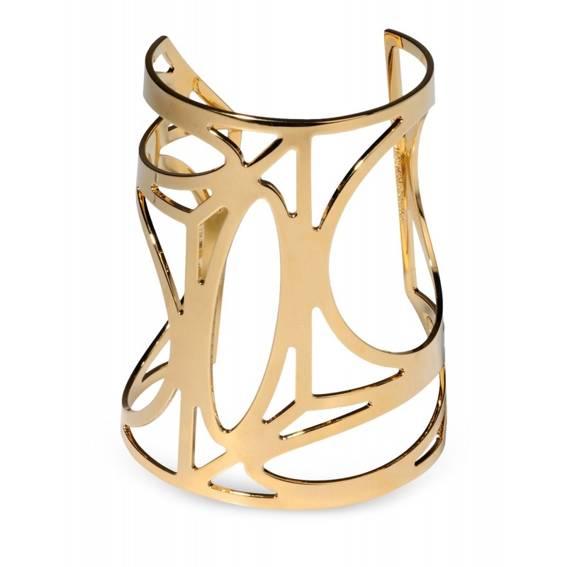 10 Must Have Items For Fall - 10. Minimalist Jewelry (via www.harpersbazaar.com)