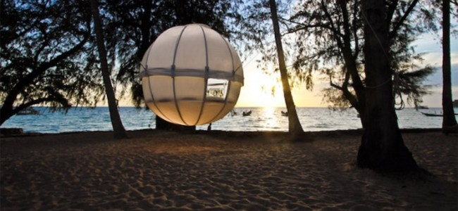 Luxury Cocoon Tent Tree House