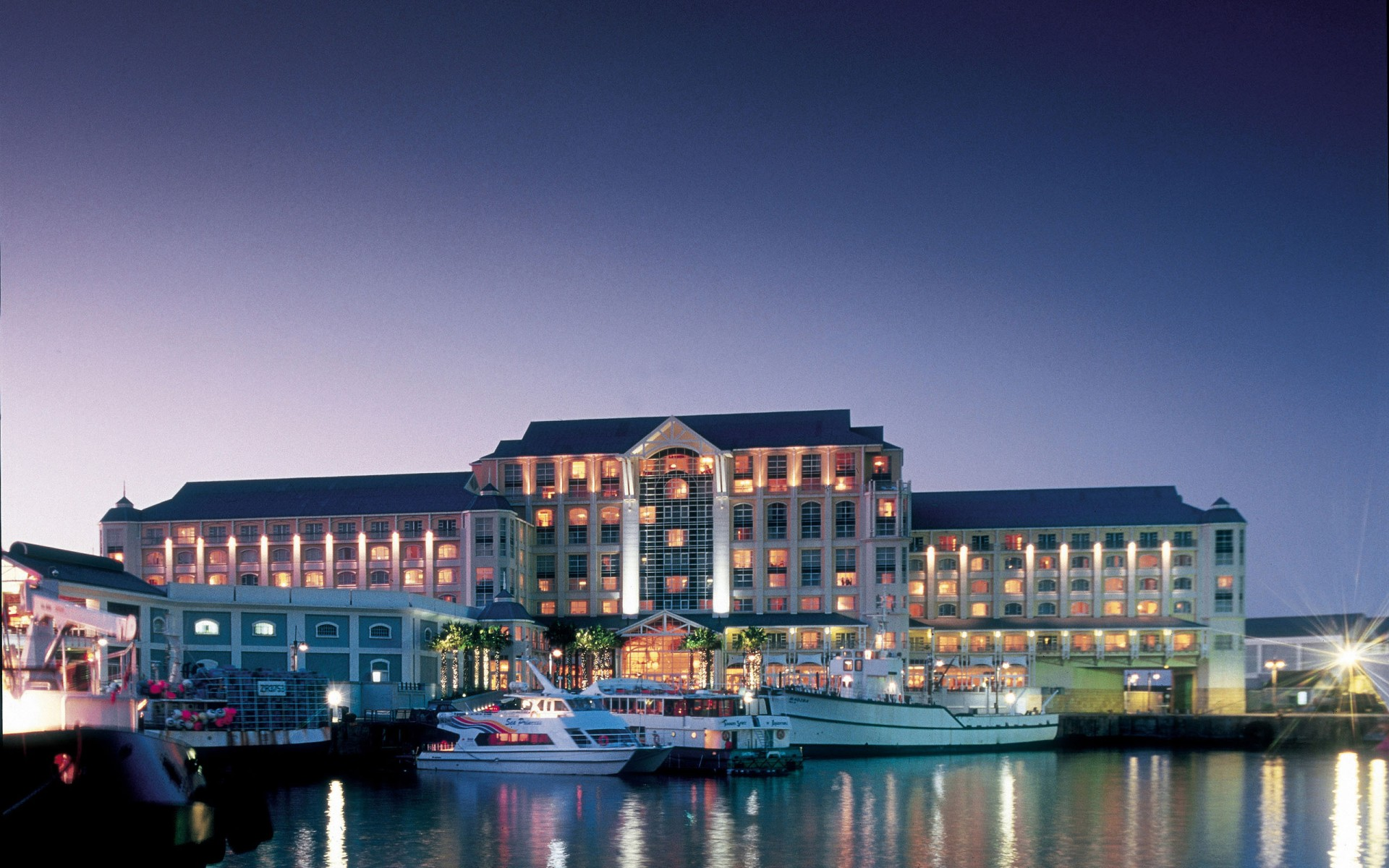 #10 The Table Bay At The Waterfront | Best Luxury Hotels In Cape Town |