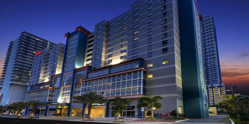 #9 Hampton Inn & Suites Miami  Highest-Rated Green Hotels in the United States  Top 10 [ Image Source hospitalityamerica.com]