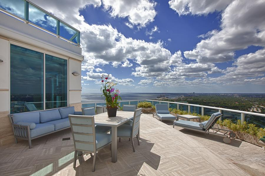 Inside Pharrell Williams' $11 Million Penthouse in Miami  (12)