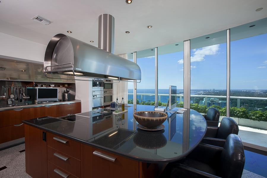 Inside Pharrell Williams' $11 Million Penthouse in Miami  (5)