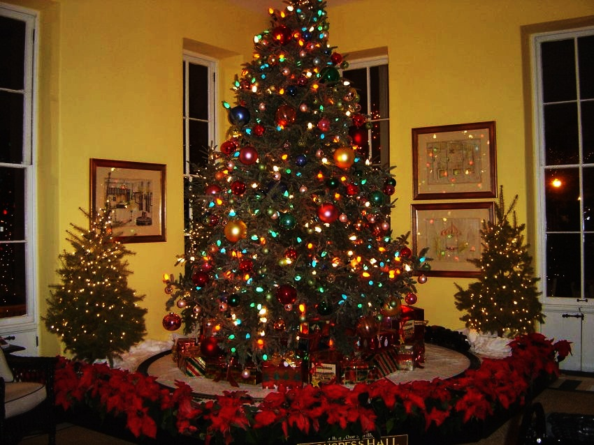 #10 Congress Hall, Cape May, NJ | Best Christmas Hotels in the United States | Top 10 [ Image Source: wildwoodweather.blogspot.com]