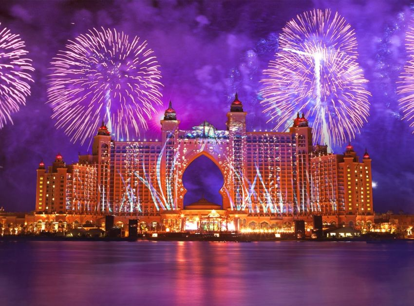 #10 Dubai, United Arab Emirates | Best New Year's Eve Destinations in the World | Top 10 [ Image Source: dxbexpo2020.blogspot.com]