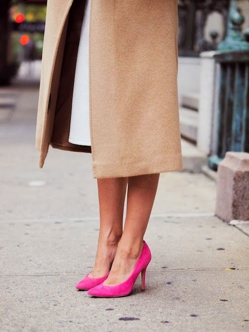 10. Pointed-toe pumps | 10 Must-Have Shoes for Holidays | Image Source: http://shopdailychic.com