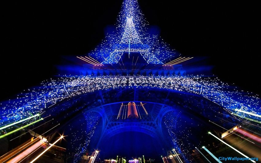 #10 Paris, France | Best Christmas Destinations in the World | Top 10 [ Image Source: parisbedding.org]