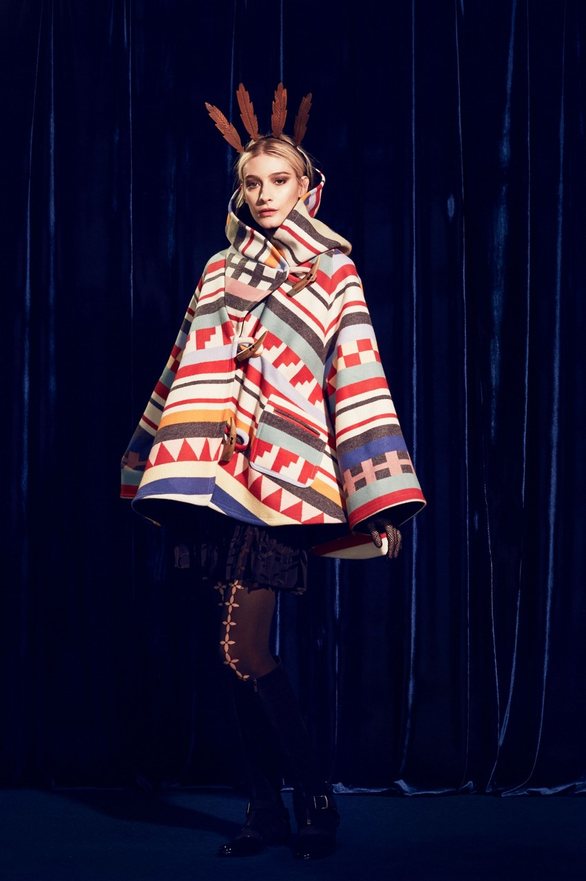 10. Lindsey Thornburg – Tamiami Trail Trench Cloak | 10 Ultra Chic Statement Coats for the Holiday Season | Image Source: http://www.lindseythornburg.com/