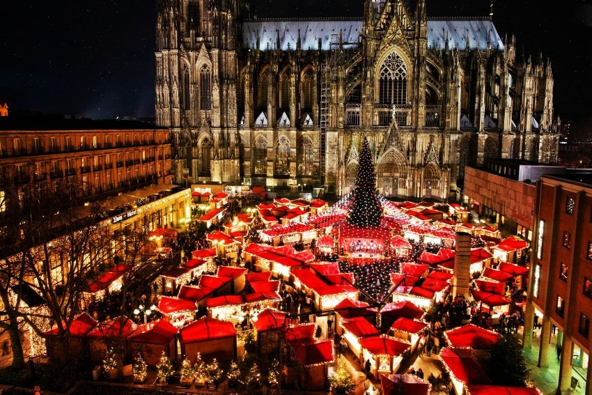 #8 Cologne, Germany | Best Christmas Markets in Europe | Top 10 [ Image Source: imgur.com.com]