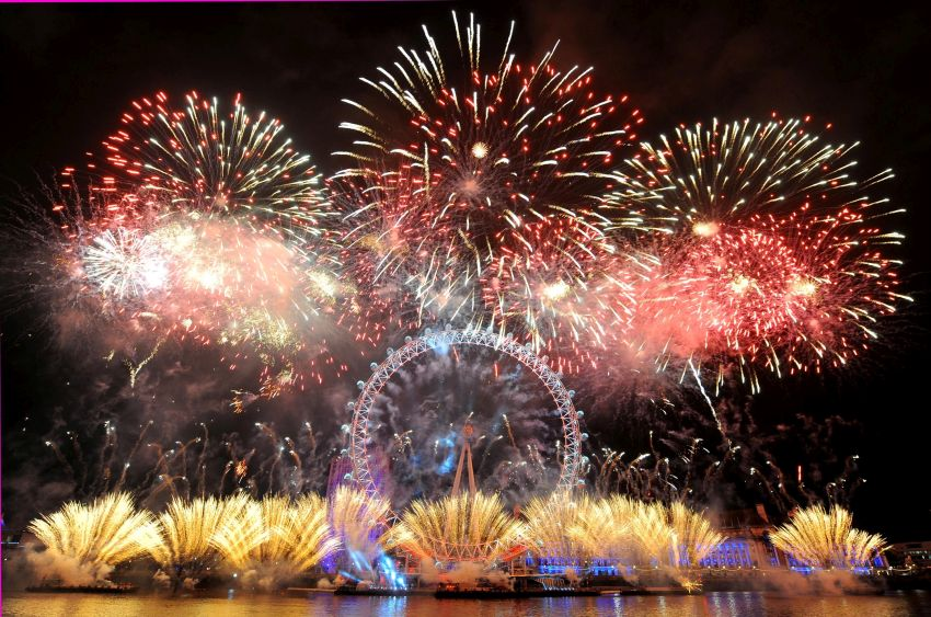 #9 London, U.K. | Best New Year's Eve Destinations in the World | Top 10 [ Image Source: office.co.uk]