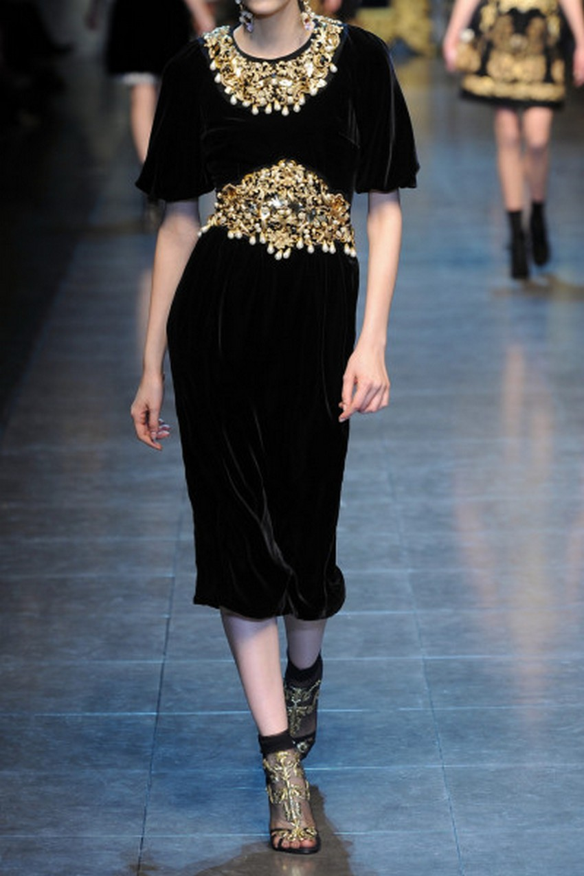 10. Embellished velvet dress | How to Sparkle and Shine this Holiday Season | Image Source: http://cdnd.lystit.com/