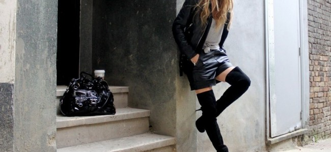 How to Wear Over-the-knee Boots: 10 Steps
