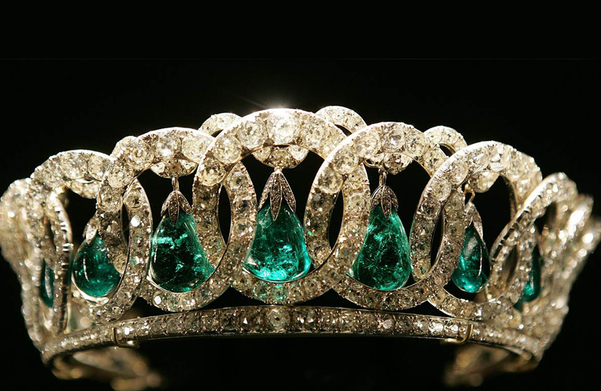 Most Expensive Gifts Given To the Queen of England N10. Vladimir Tiara
