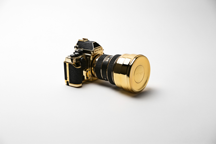 Nikon Camera Made Out of Gold for sale by brikk luxury kit ealuxe (4)