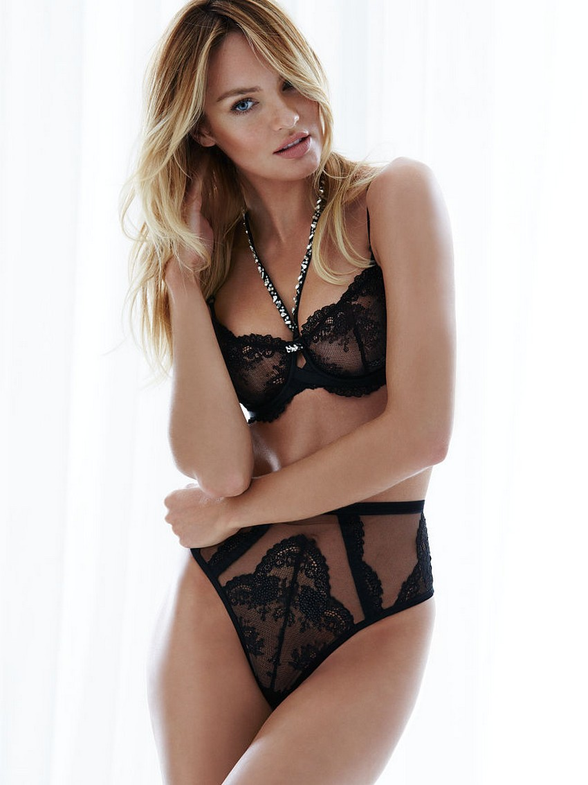 d55b93e0beb36 Sexy Holiday Lingerie from Victoria's Secret