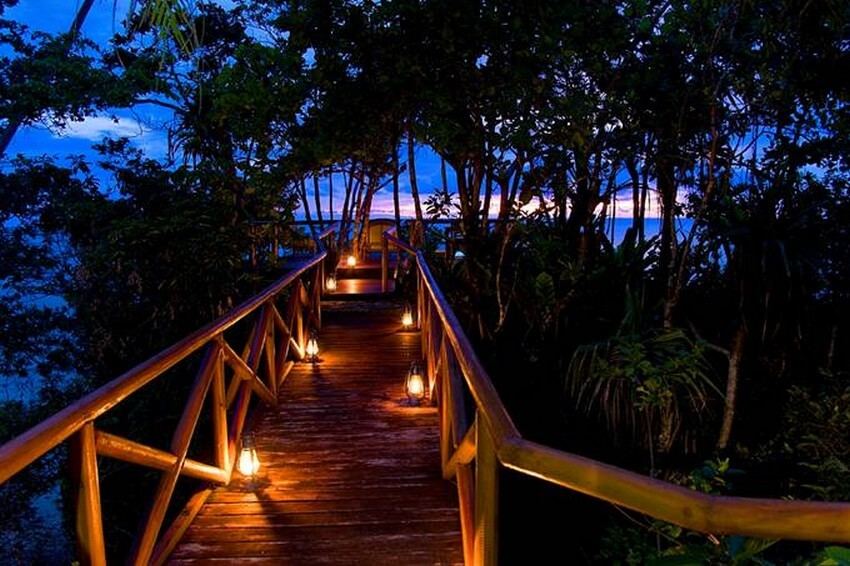 You Will Want to Check-in at Fiji's Top Rated Resort | Alley to the Ocean