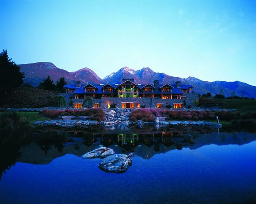Spend Your New Zealand Vacation in this Unbelievably Stunning Hotel | Main Lodge