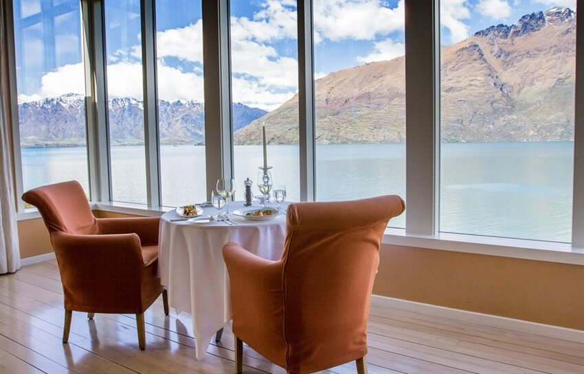 Spend Your New Zealand Vacation in this Unbelievably Stunning Hotel | Private Dining