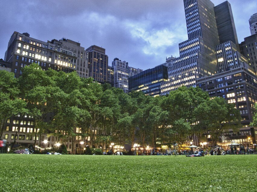 9.Bryant Park | 10 Extraordinary Romantic Places in New York