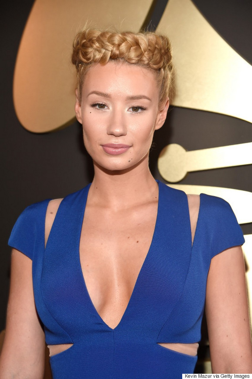 Iggy Azalea | Beauty Trend Alert: Nude Makeup at the 2015 Grammys | Image Source: http://i.huffpost.com/