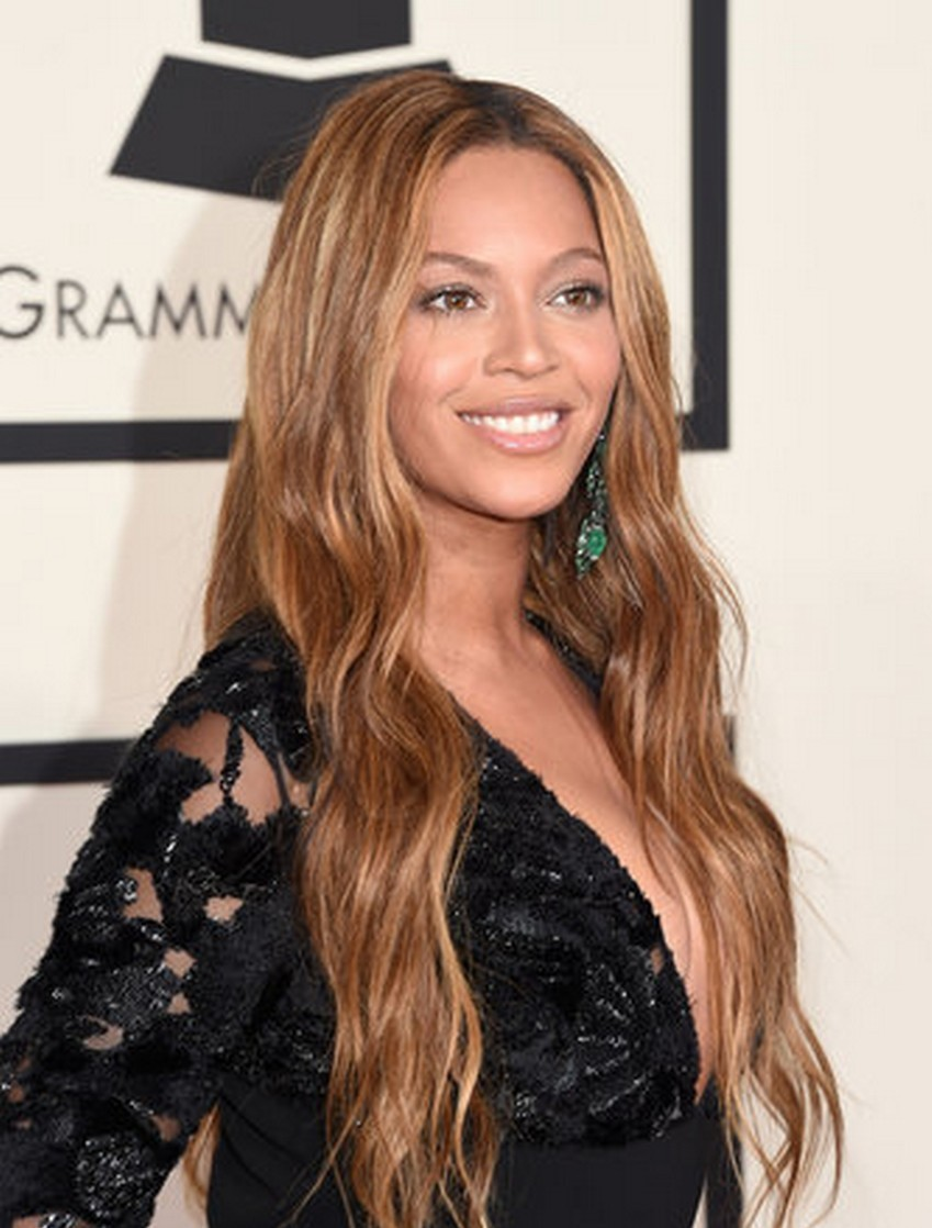 Beyonce | Beauty Trend Alert: Nude Makeup at the 2015 Grammys | Image Source: http://www.vogue.com/