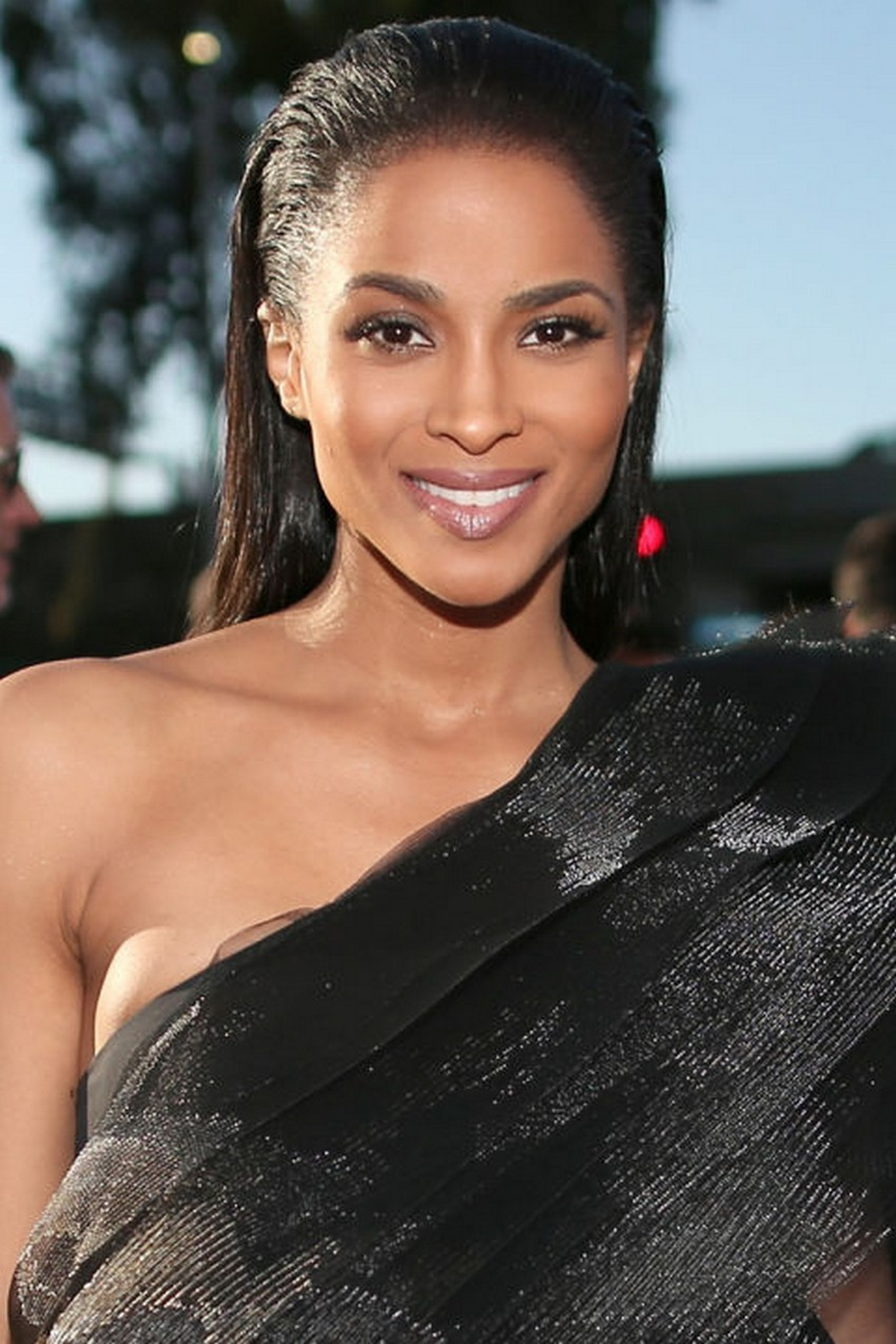 Ciara | Beauty Trend Alert: Nude Makeup at the 2015 Grammys | Image Source: http://hbz.h-cdn.co/