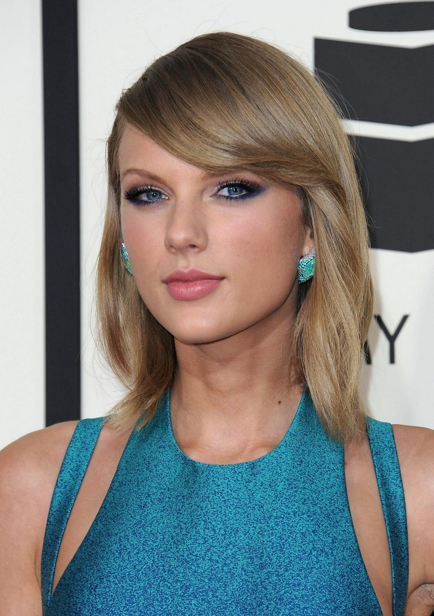 Taylor Swift | Beauty Trend Alert: Nude Makeup at the 2015 Grammys | Image Source: http://celebrityhive.com/