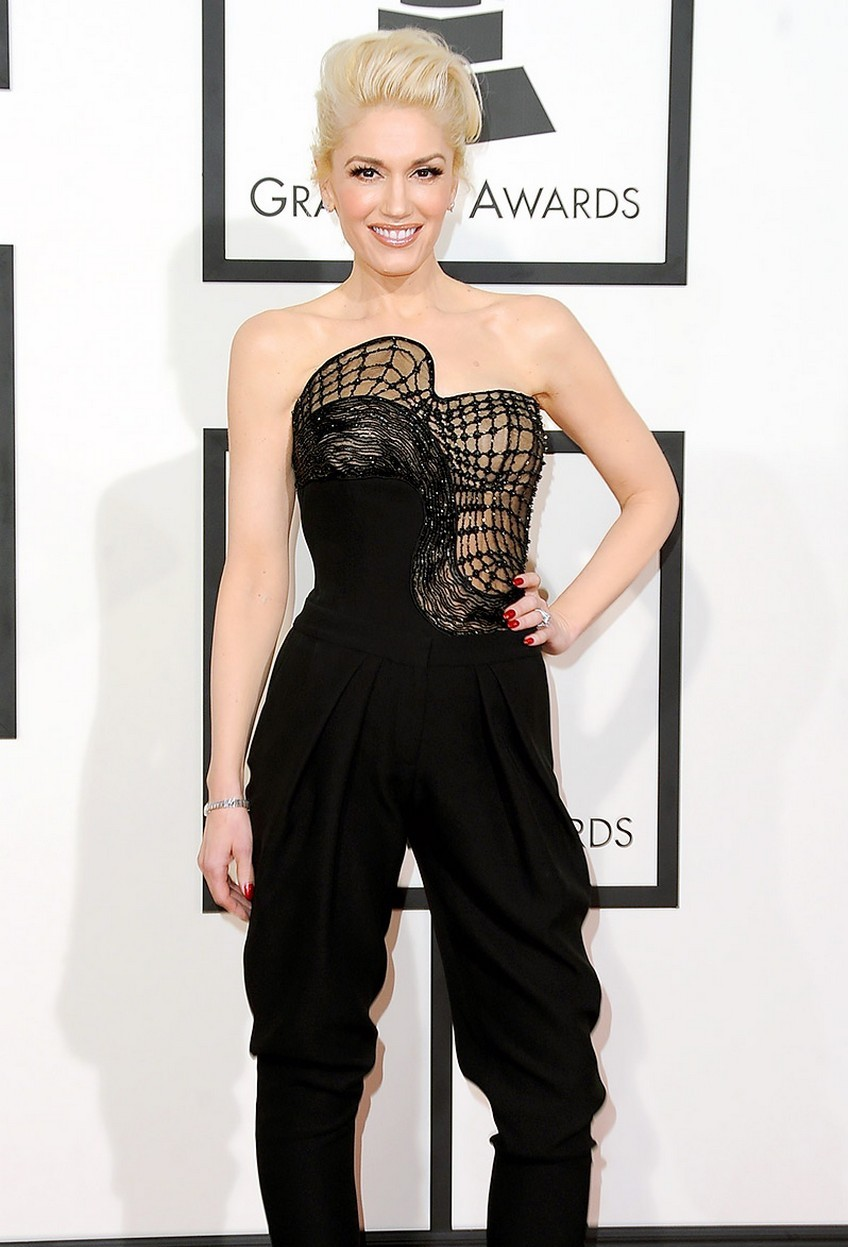 6. Gwen Stefani | Best Dressed Celebrities at the 2015 Grammys | Image Source: http://www.usmagazine.com/