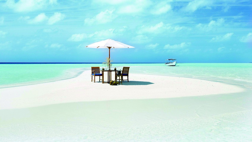 The Ultimate Valentine's Day Trip to Maldives | Sandbank Private Dinner